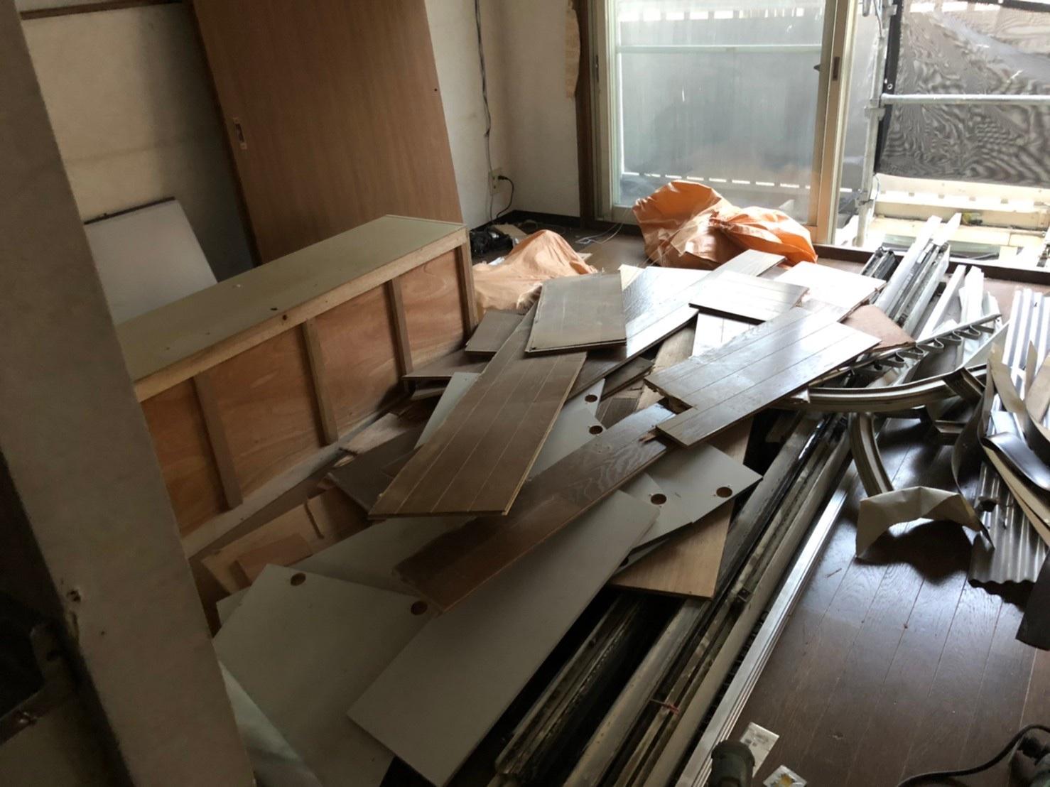 東京都新宿区軽量鉄骨3階建リフォーム工事